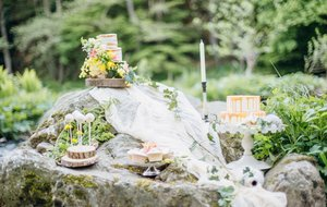 STYLED SHOOT: RIVER ROMANCE